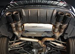 宝马M2换排气、尾翼
