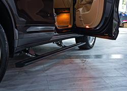 新卡宴macan改装脚踏板智能伸缩侧踏板