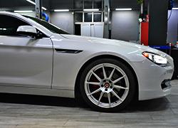 宝马640升级20寸轮毂。remus排气
